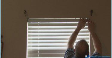 Jak zainstalować żaluzje w oknie z rękami